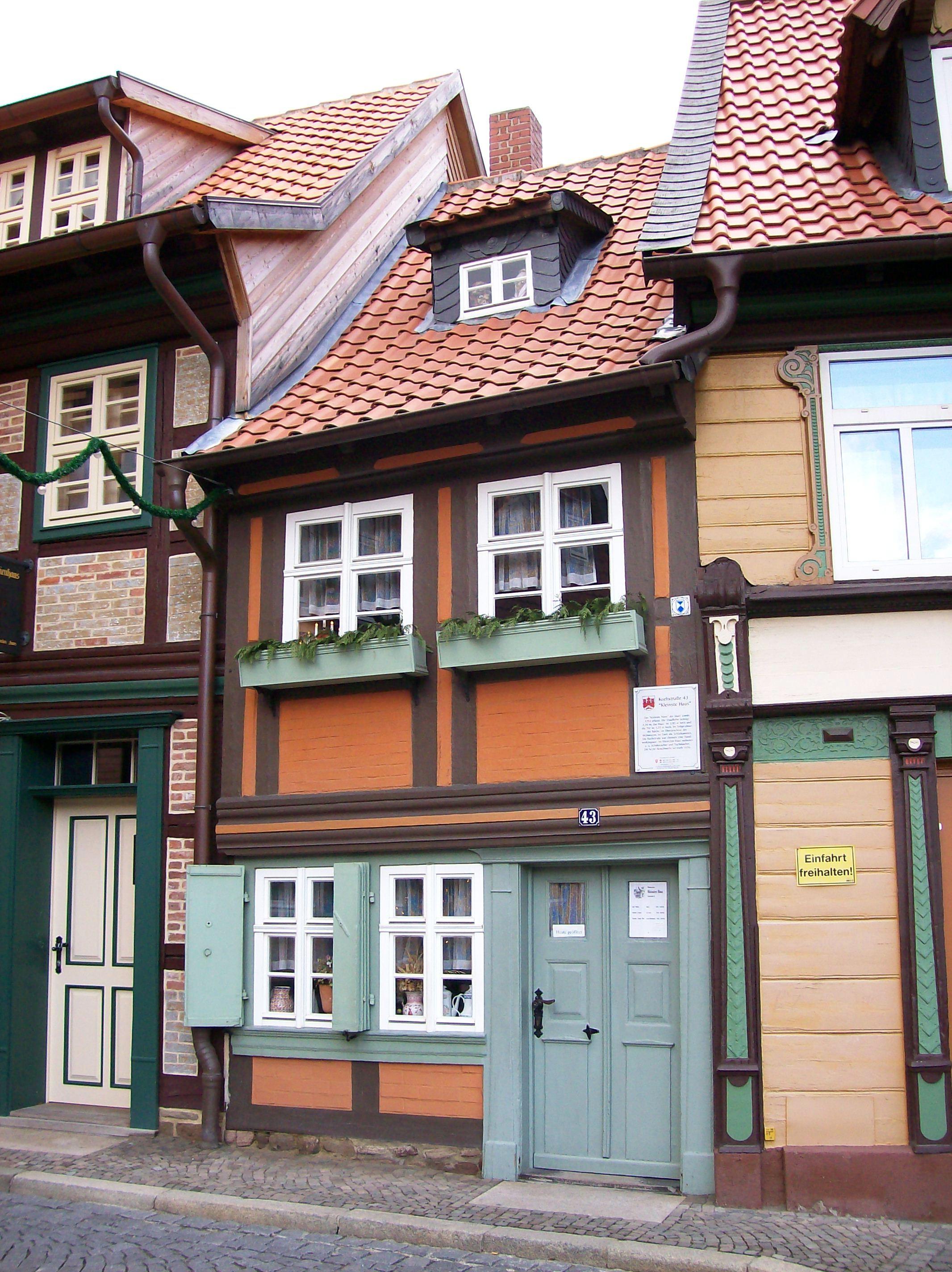 File:Kleines Haus.JPG - Wikimedia Commons