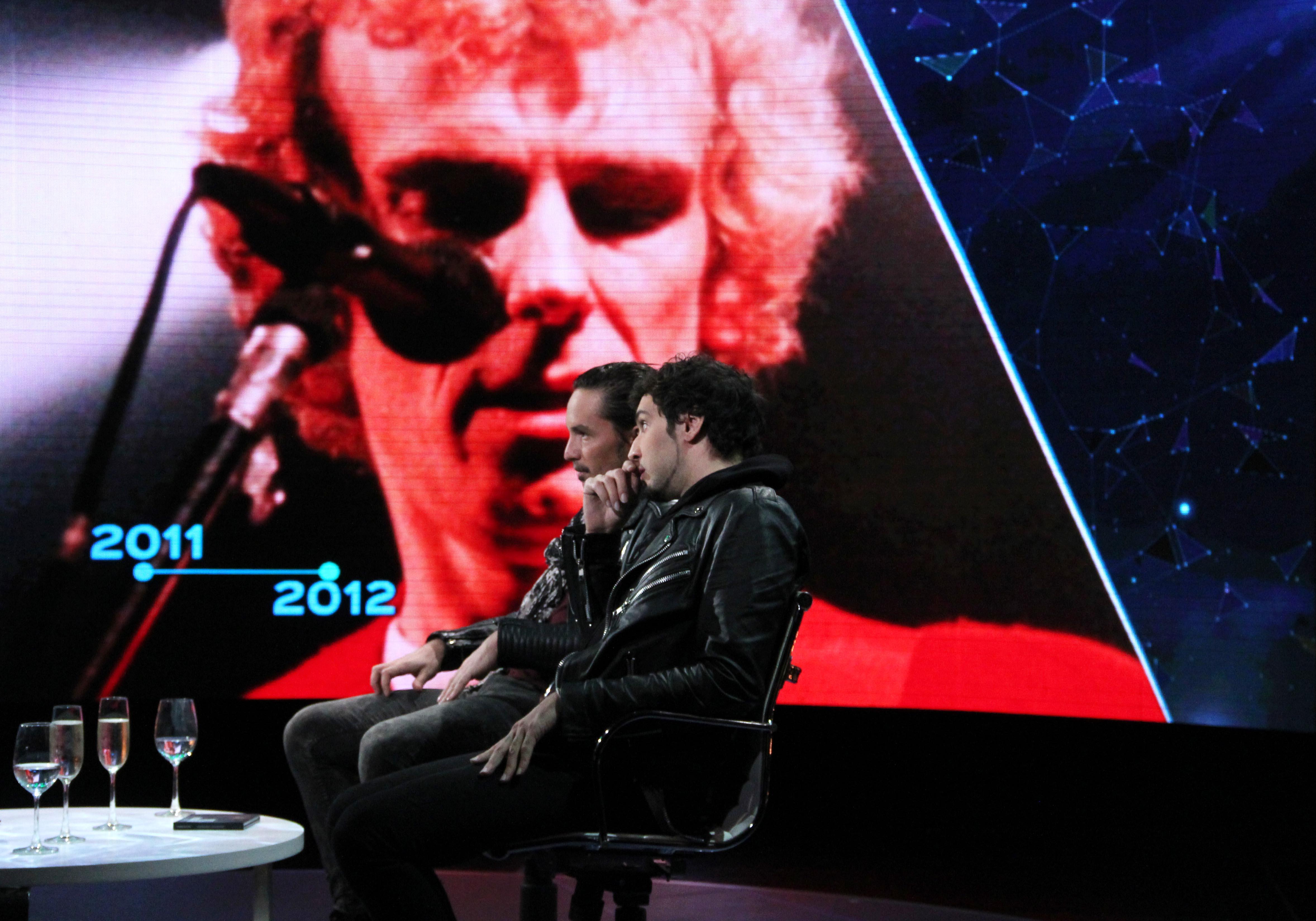 Dante Spinetta, hijo de Luis Alberto, y Emmanuel Horvilleur, hablando de su padre durante una entrevista del periodista Matías Martin en 2014.