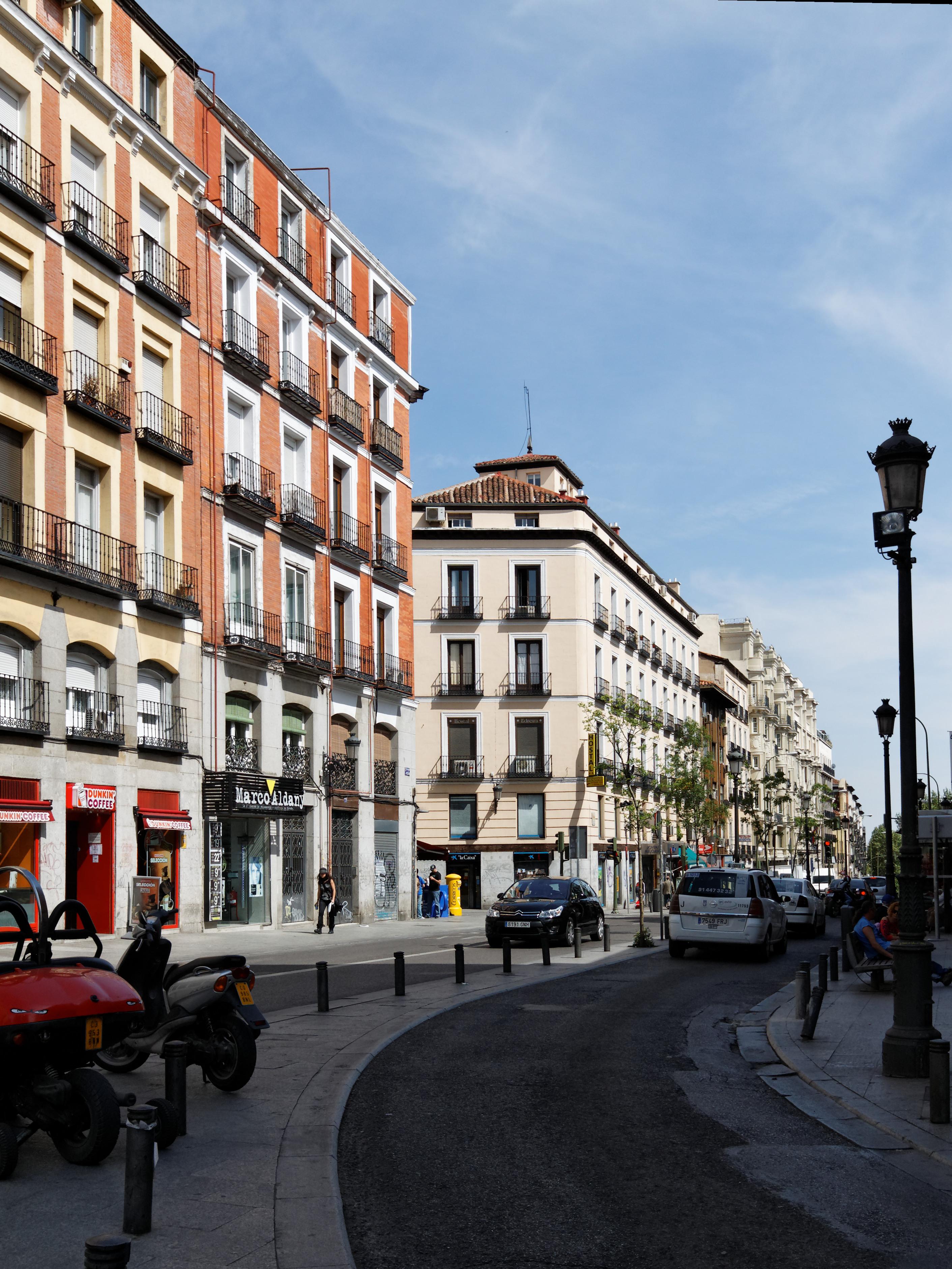 filemadrid edificios calle atocha y del amor de dios