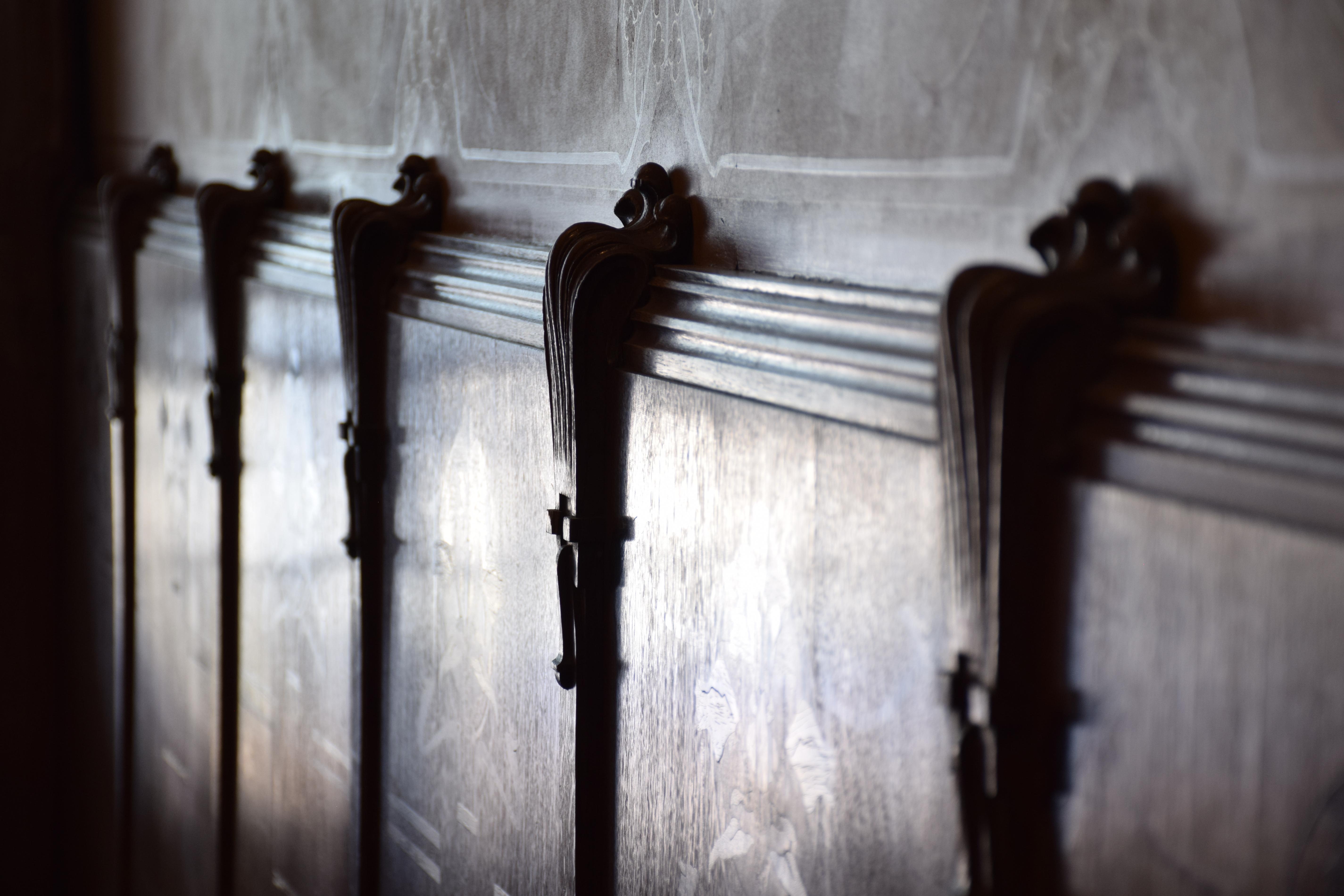 File:Maison Leon Losseau - hall d entree - relief du ...