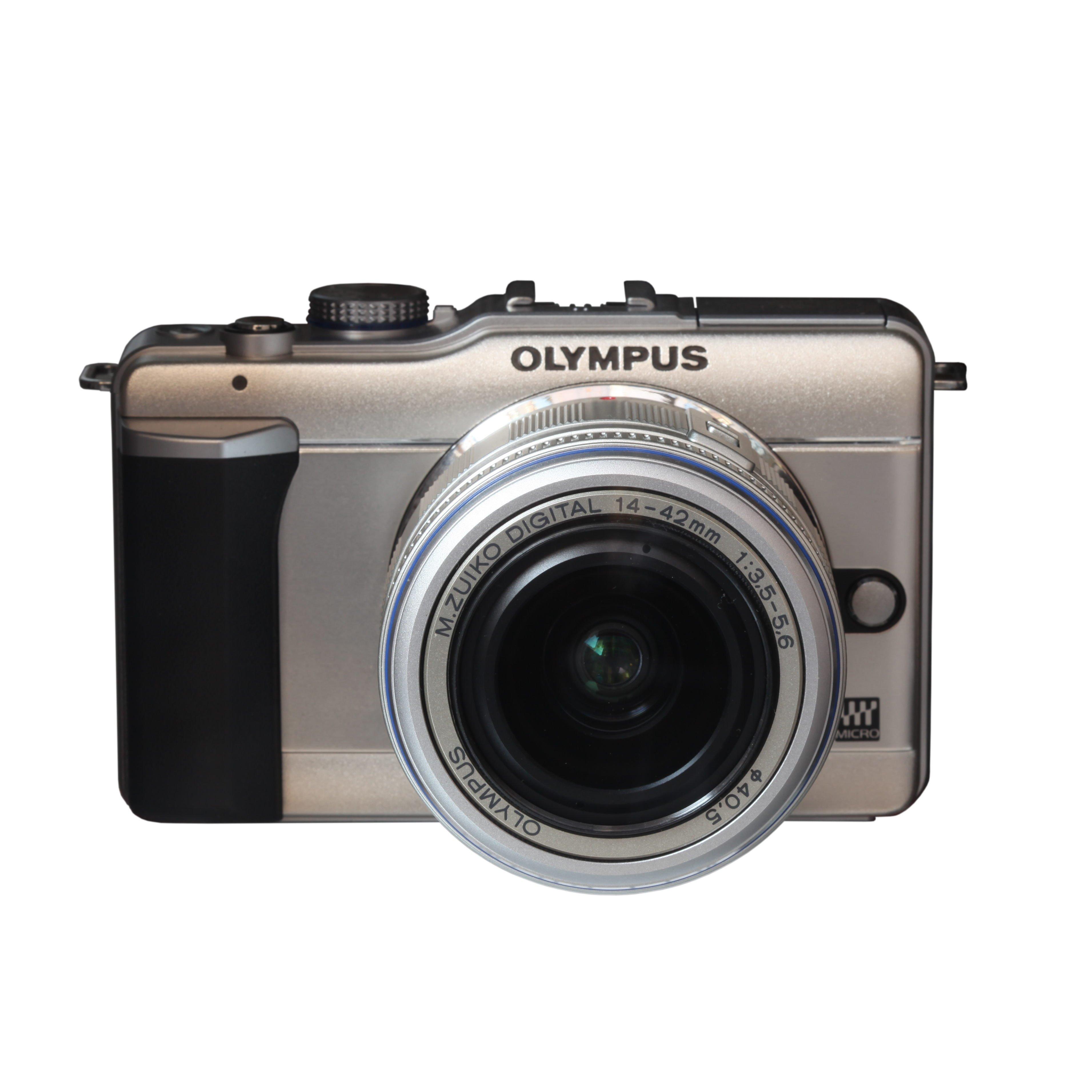 Una Olympus Pen EP 1 Micro 4/3. Non è una reflex sotto i 100 euro ma una mirrorless!