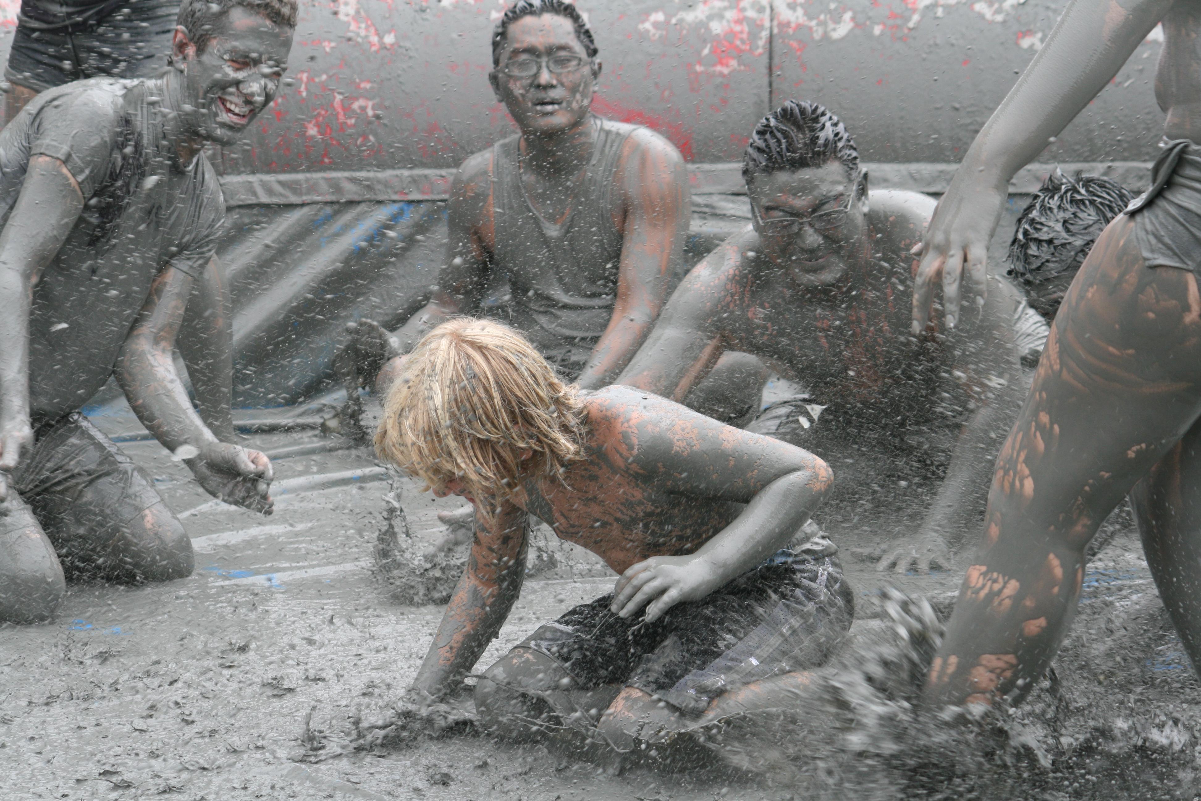naked girls first time fucking