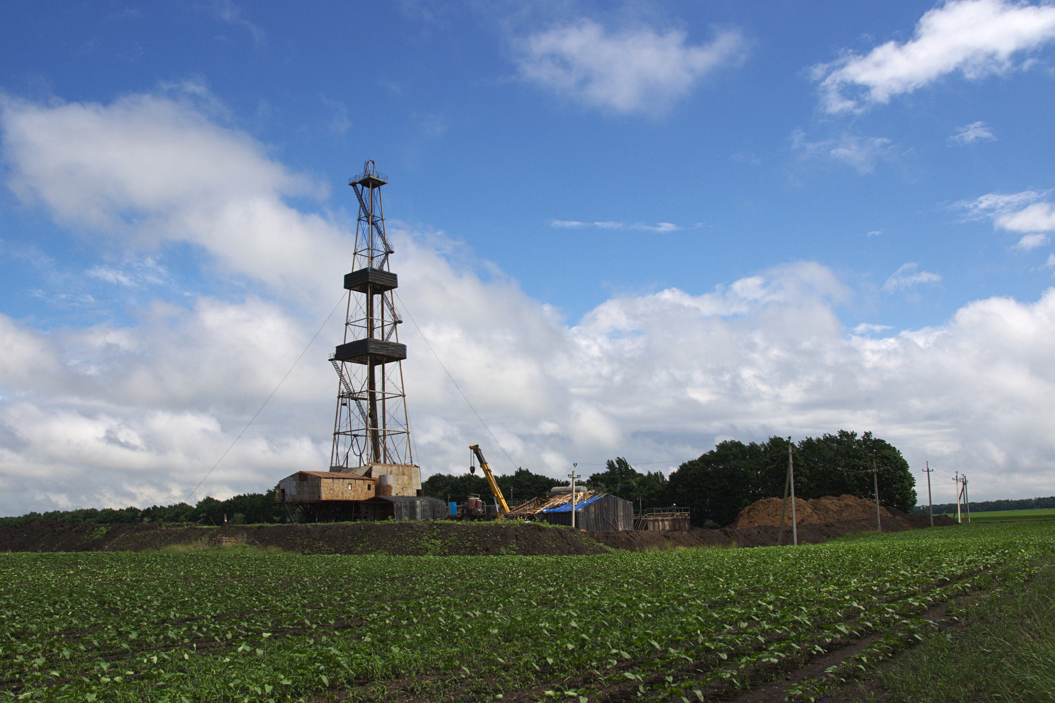 Poltava oblast   drilling rig 1c