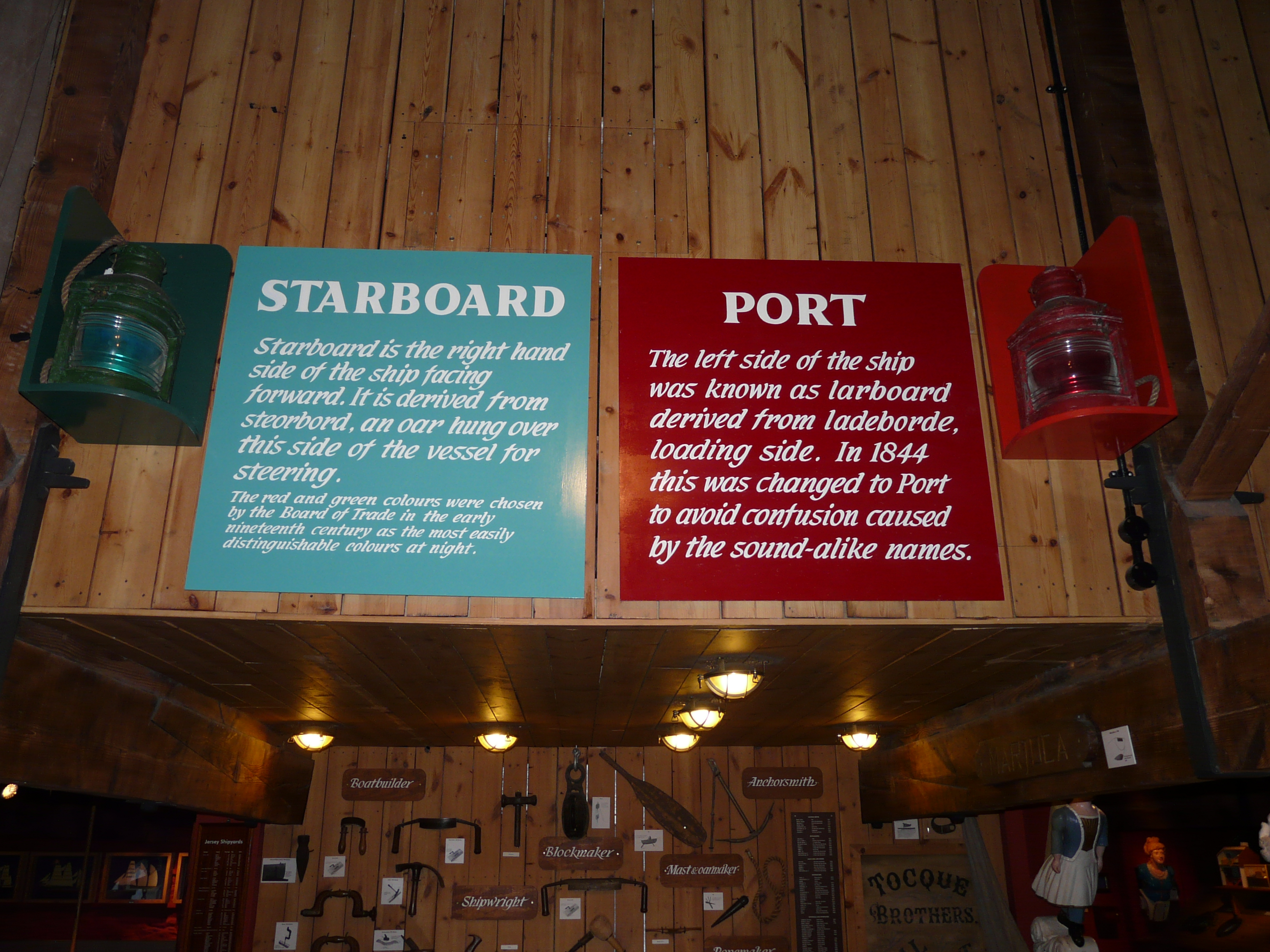 File port and starboard jpg wikimedia commons - Difference between starboard and port ...
