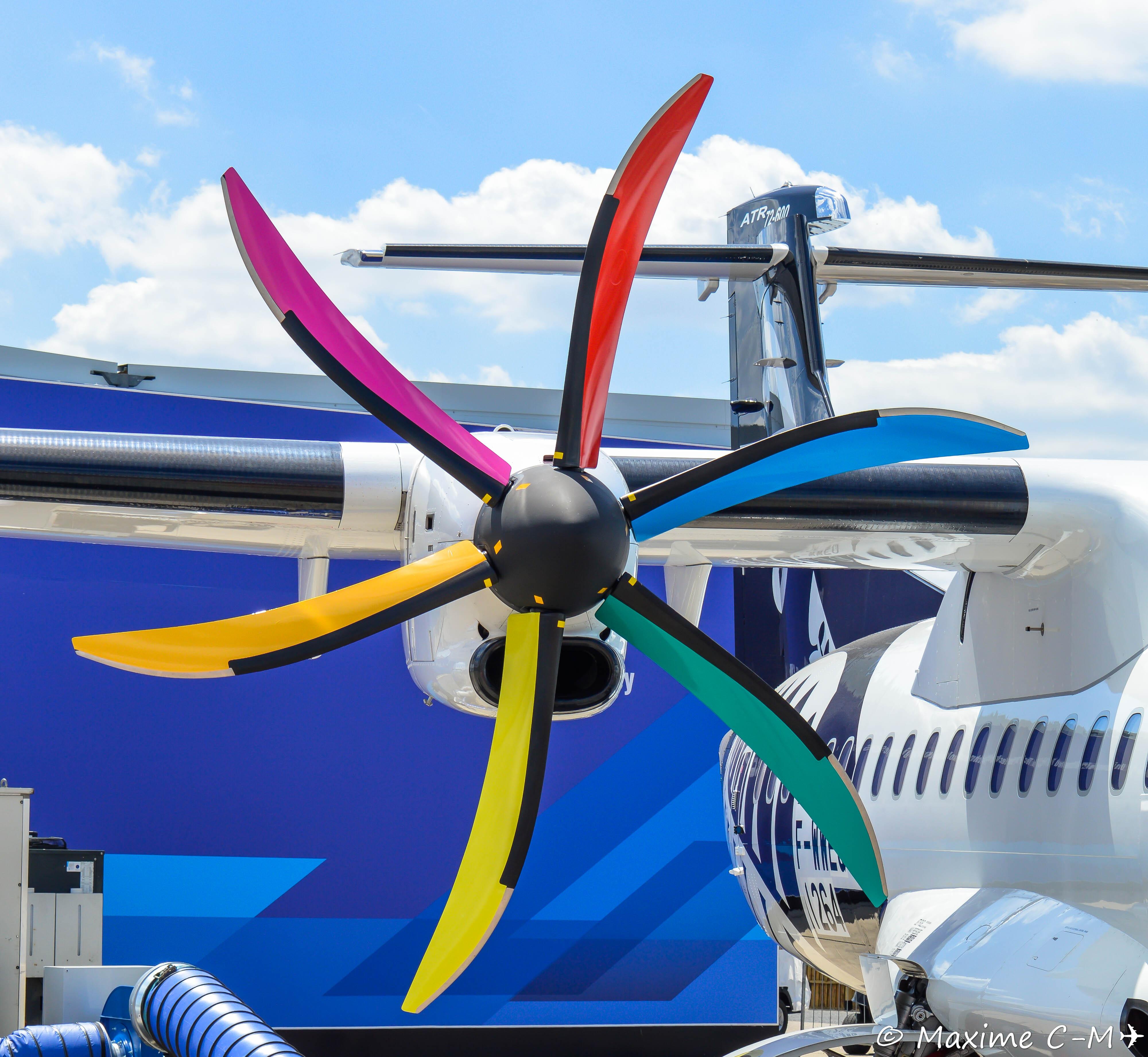 File:Pratt & Whitney Canada PW127M on Air New Zealand ATR 72