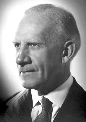 Robert robinson organic chemist