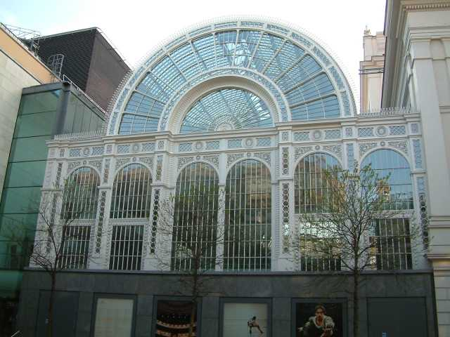 Royal Opera House - Floral Hall - Bow Street - London - 240404