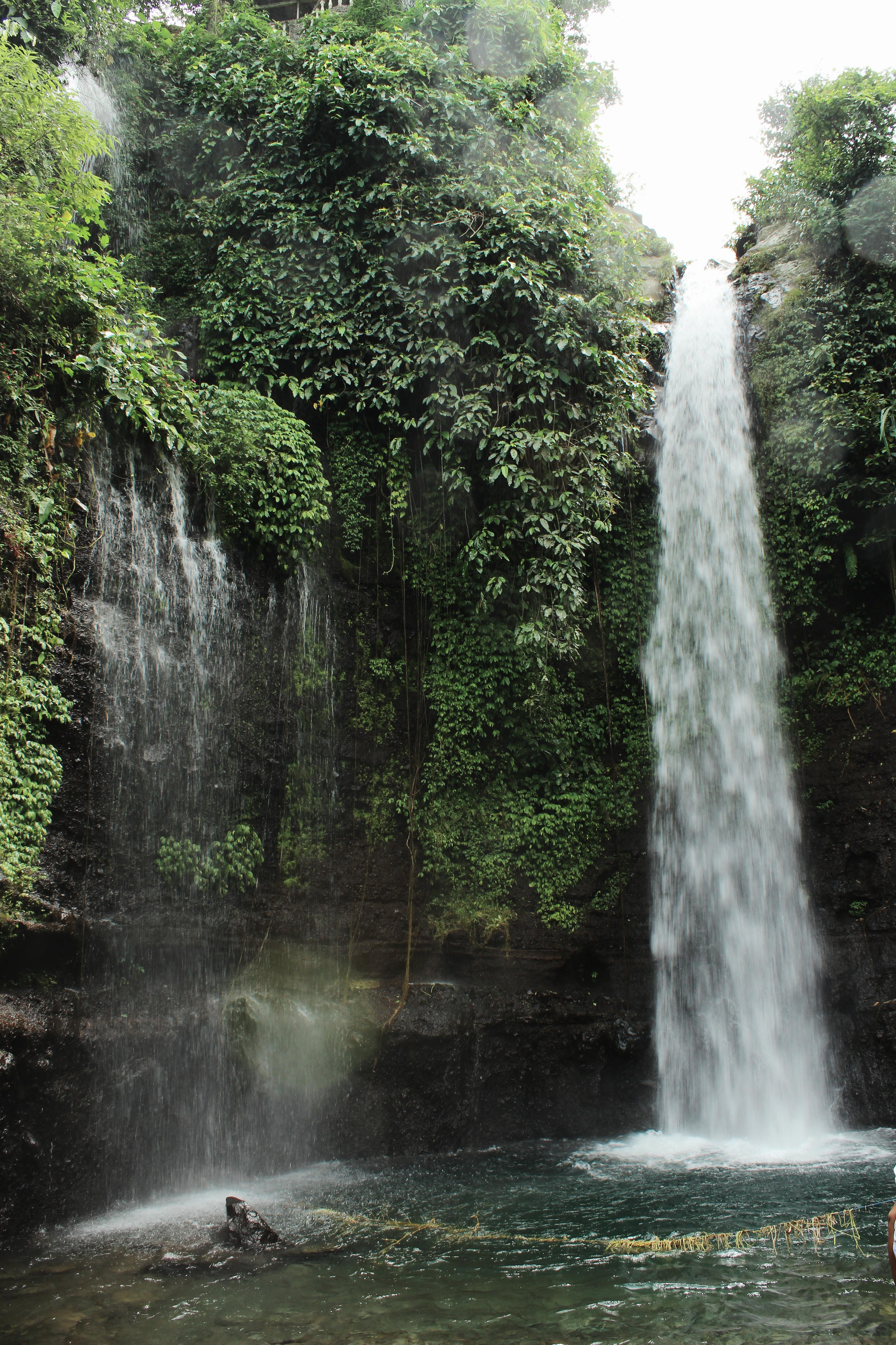 Curug Luhur - Wikipedia bahasa Indonesia, ensiklopedia bebas