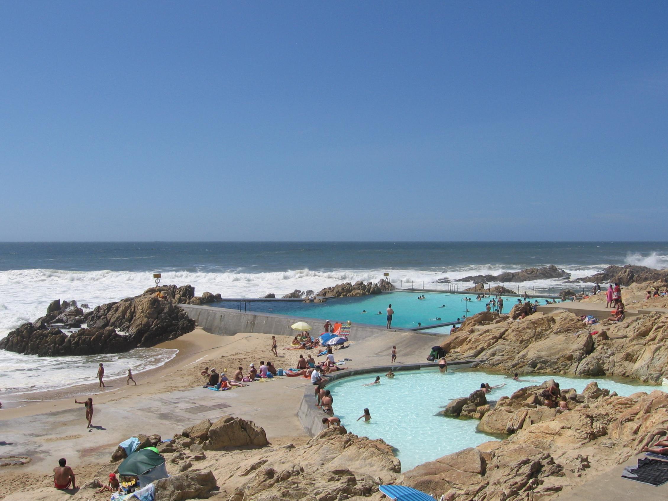 File swimming pool piscinas de mar s le a da palmeira by for Piscinas oporto