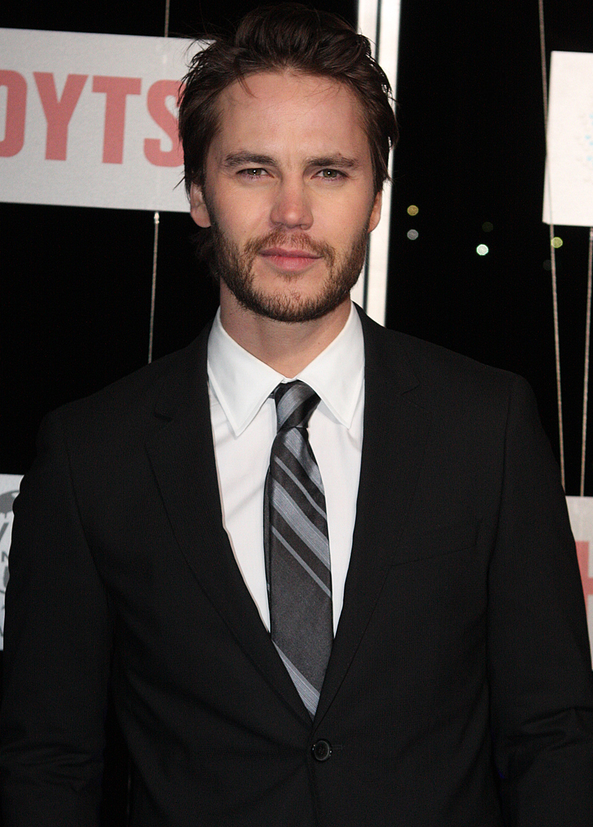 The 37-year old son of father (?) and mother Jeannie Holcomb Taylor Kitsch in 2018 photo. Taylor Kitsch earned a  million dollar salary - leaving the net worth at 8 million in 2018