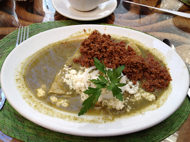 Mehhiko chorizo tortilla enchiladaga