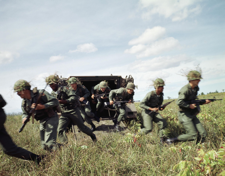 Mechanized infantry - Wikipedia