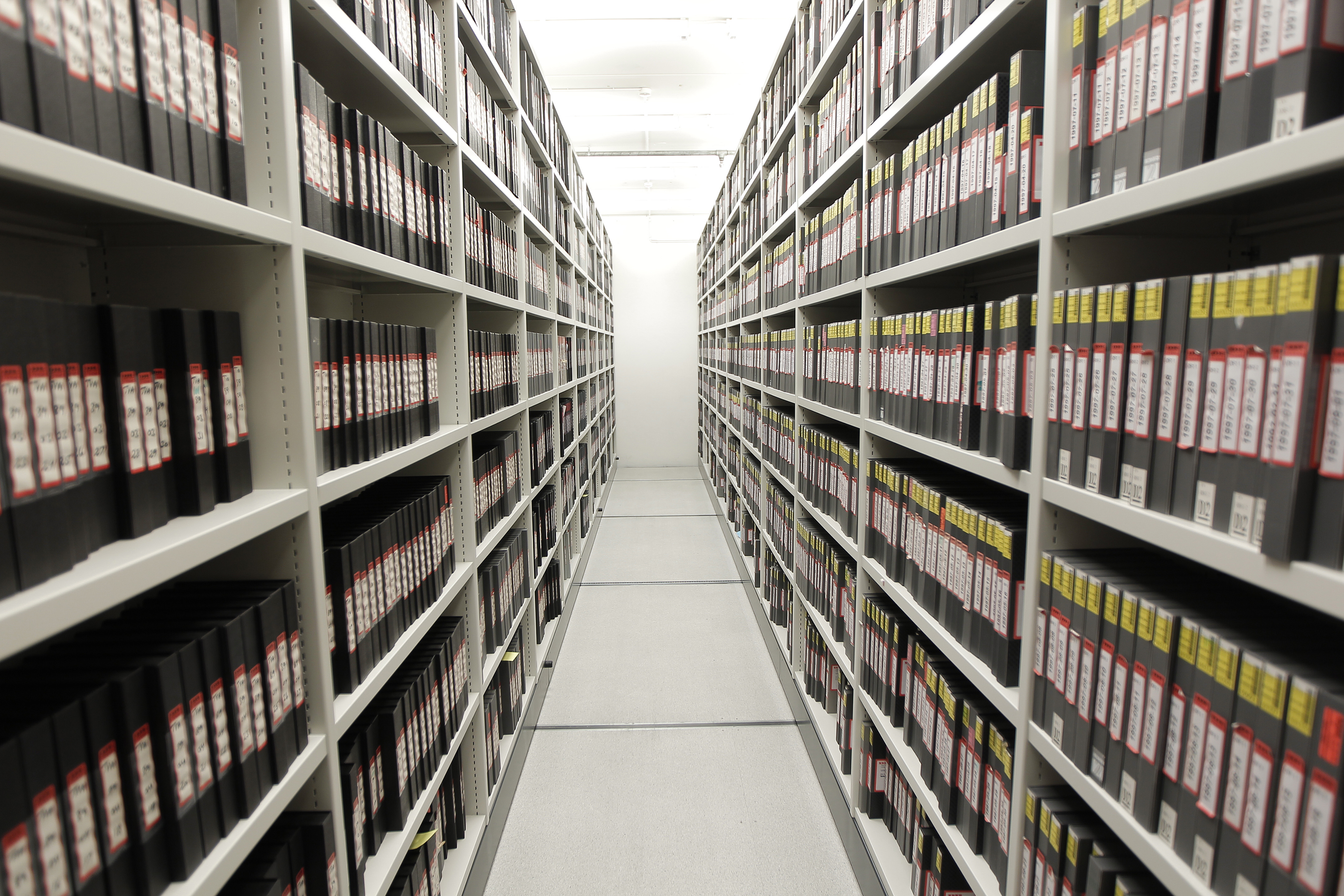 File:Video tape archive storage (6498637005).jpg - Wikimedia Commons