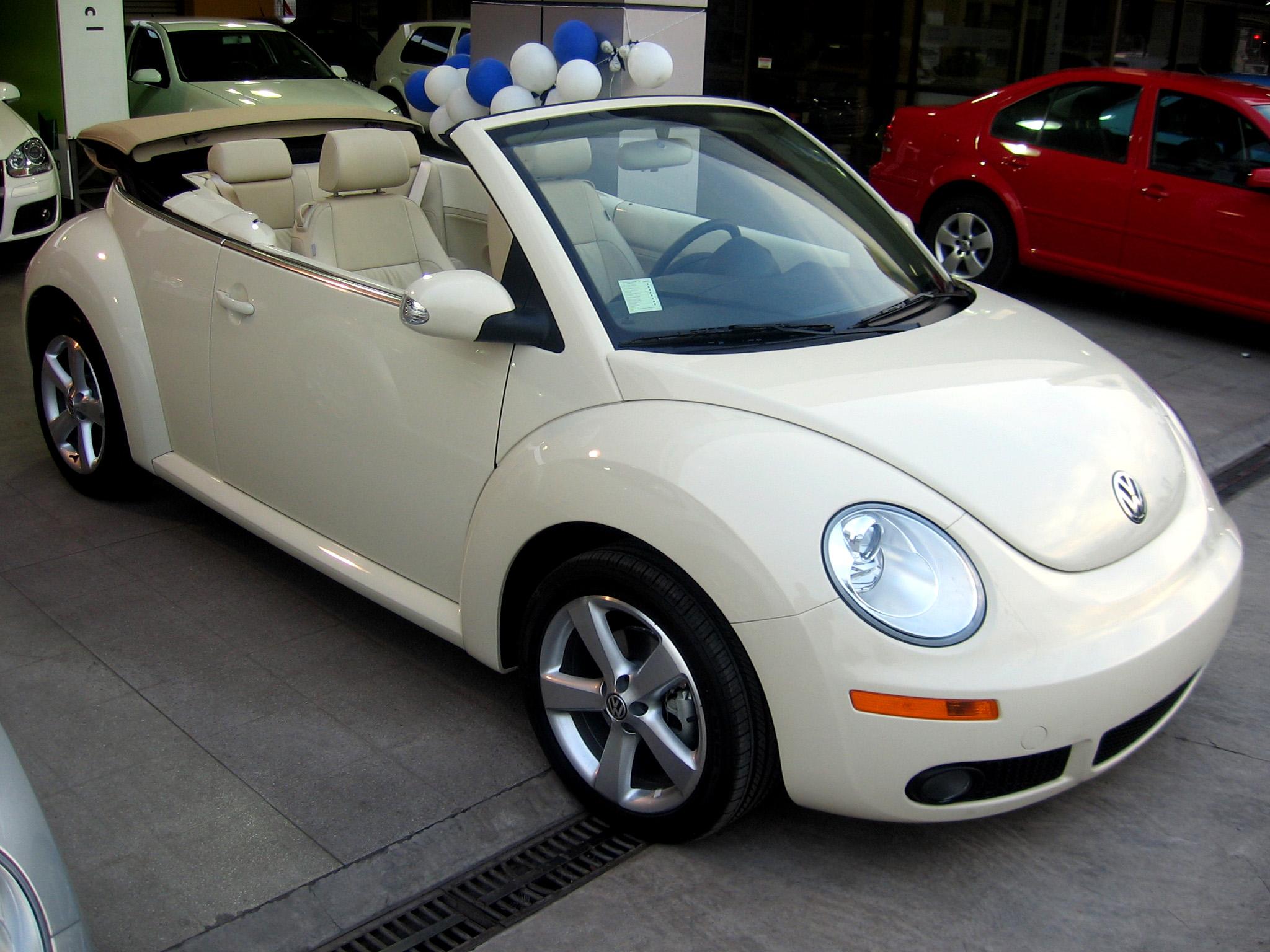 file volkswagen new beetle 2 5 sport cabriolet 2008 14701562694 jpg wikimedia commons. Black Bedroom Furniture Sets. Home Design Ideas