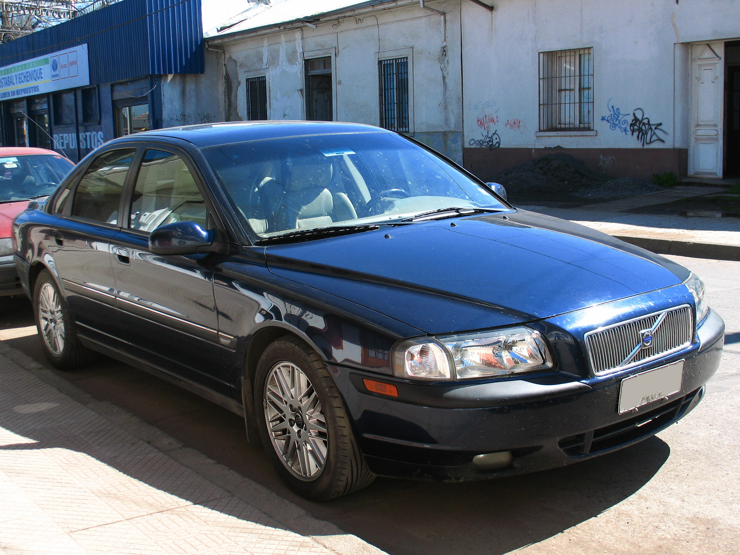 File:Volvo S80 T6 2001 (9567225194).jpg - Wikimedia Commons