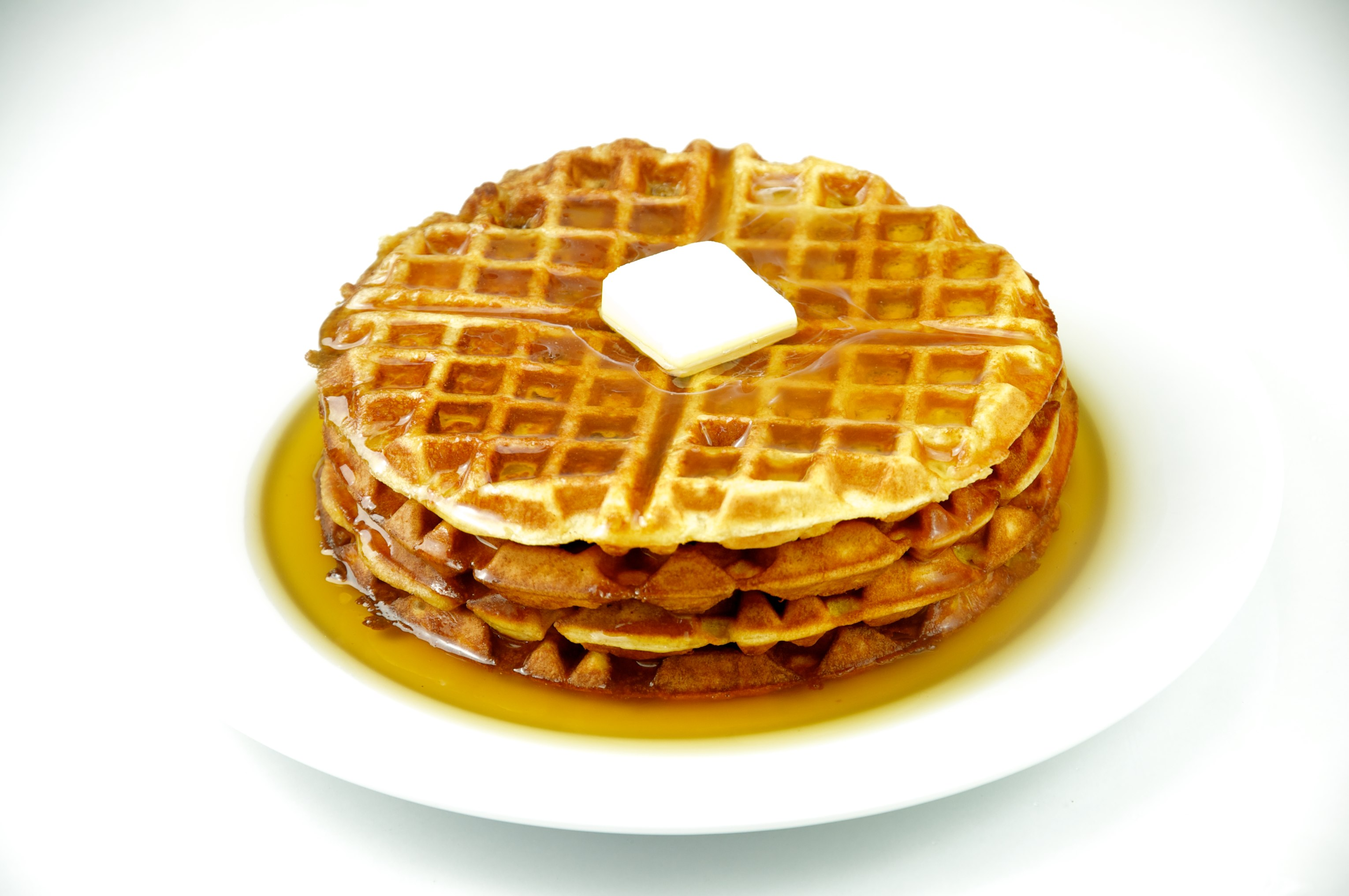 Description Waffles with maple syrup and butter.jpg