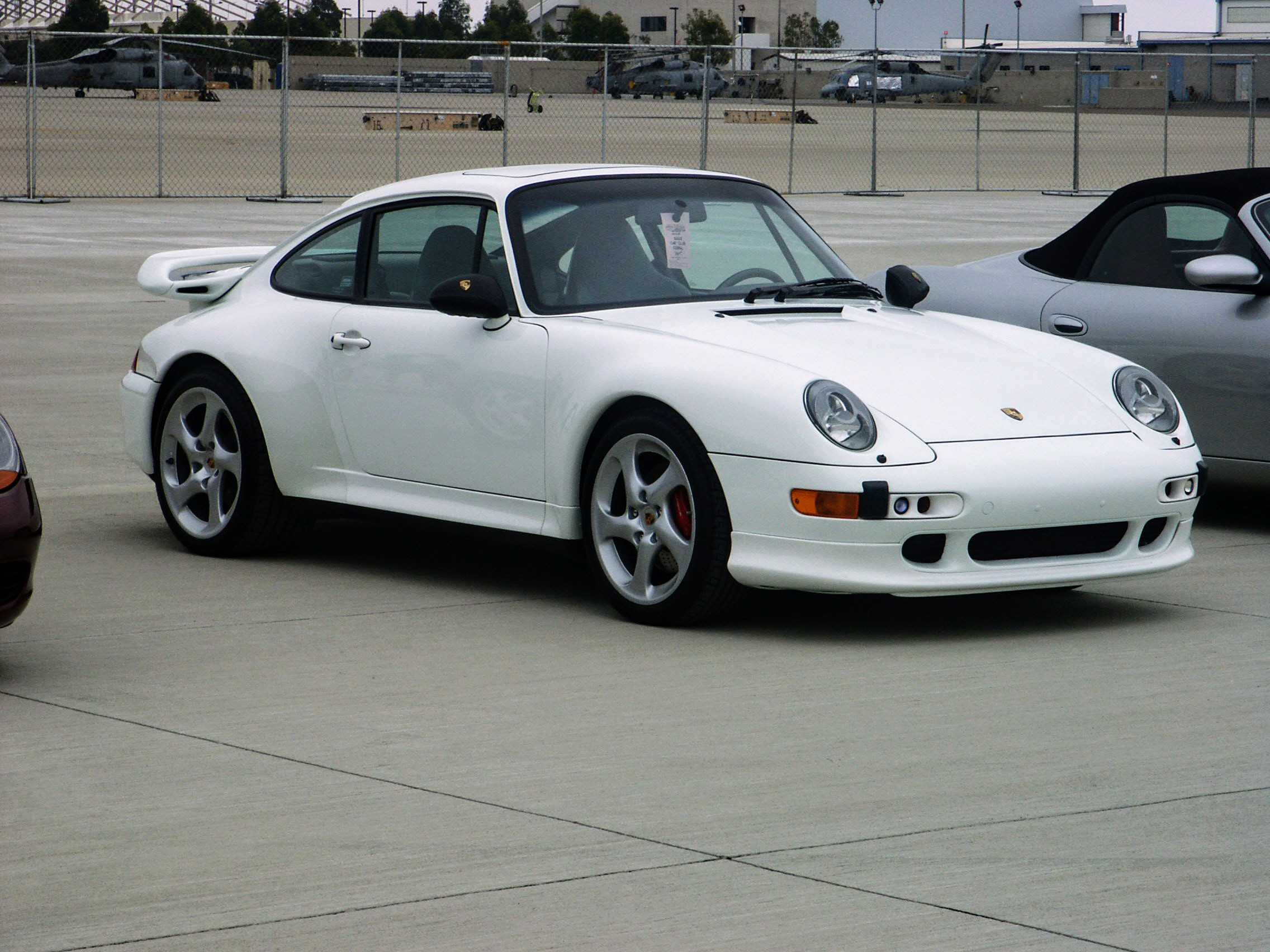 File White Porsche 993 Turbo Coup 233 Jpg Wikimedia Commons