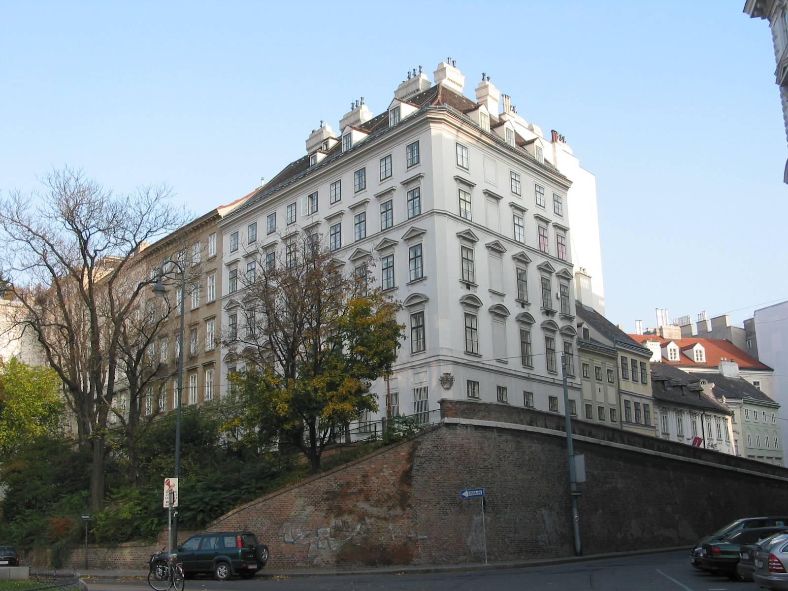 WienPasqualatihaus.jpg