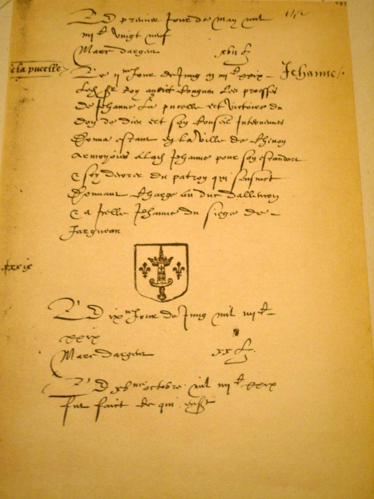 http://upload.wikimedia.org/wikipedia/commons/9/94/1429_Charles_VII_Annoblisant_Jeanne_Darc.jpg