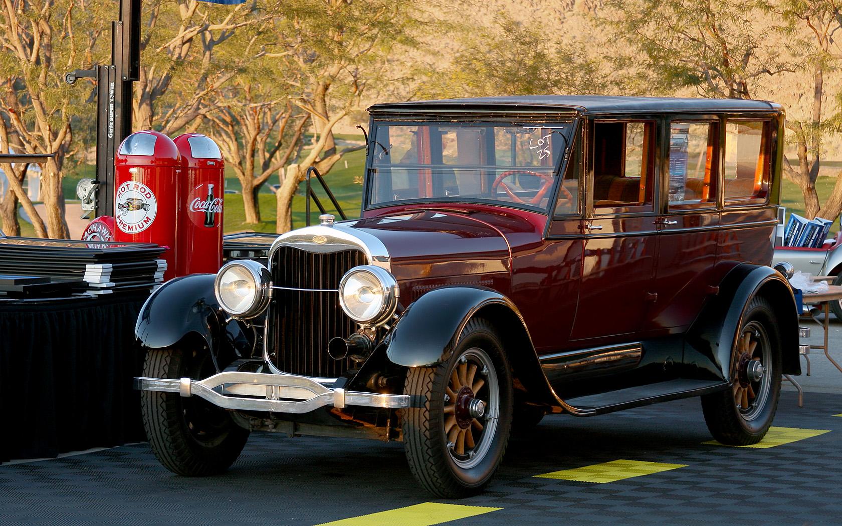 File:1925 Lincoln - Greta Garbo Car - fvl.jpg - Wikimedia Commons