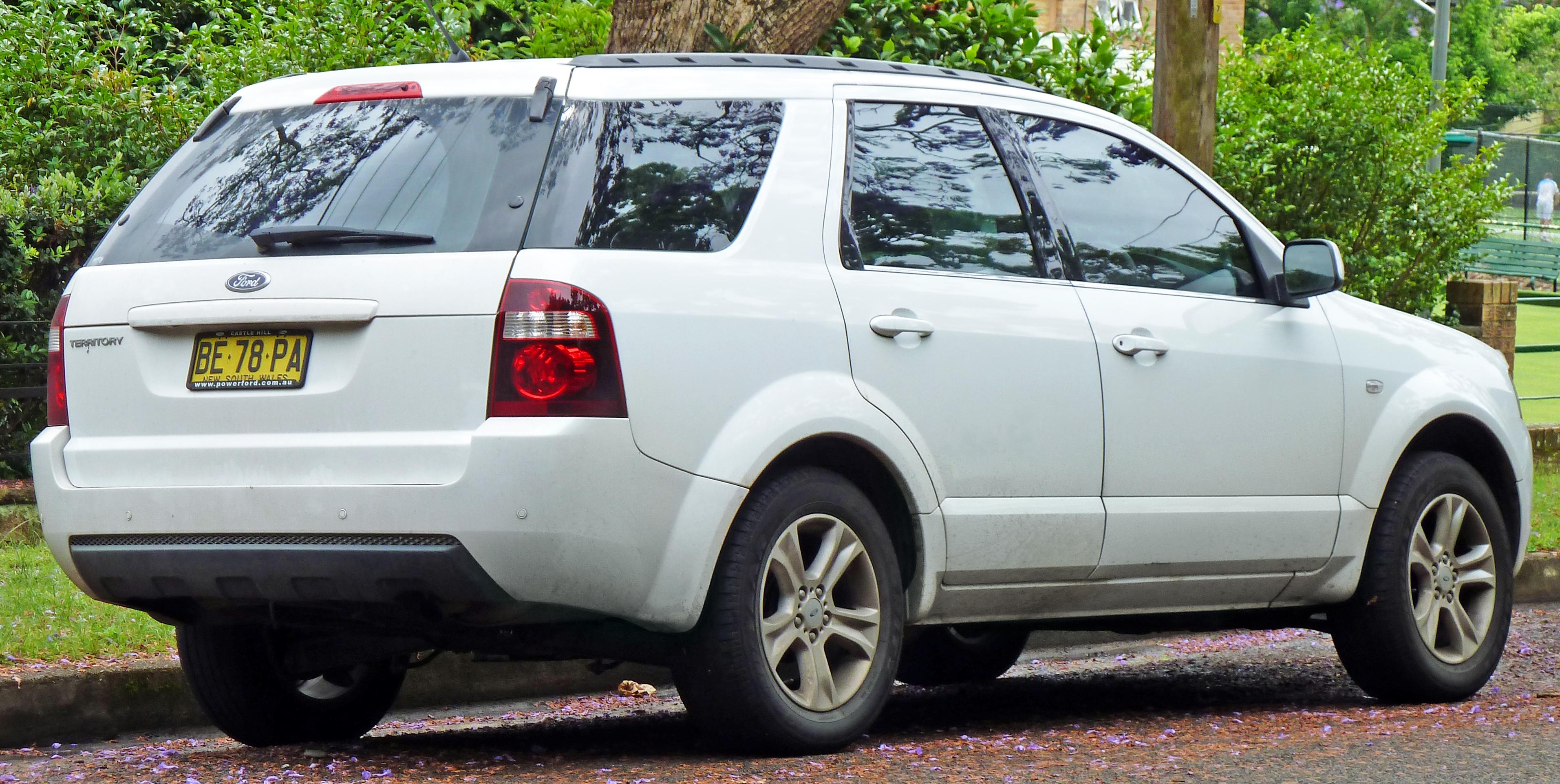 File:2009-2010 Ford Territory (SY II) TX wagon 03.jpg