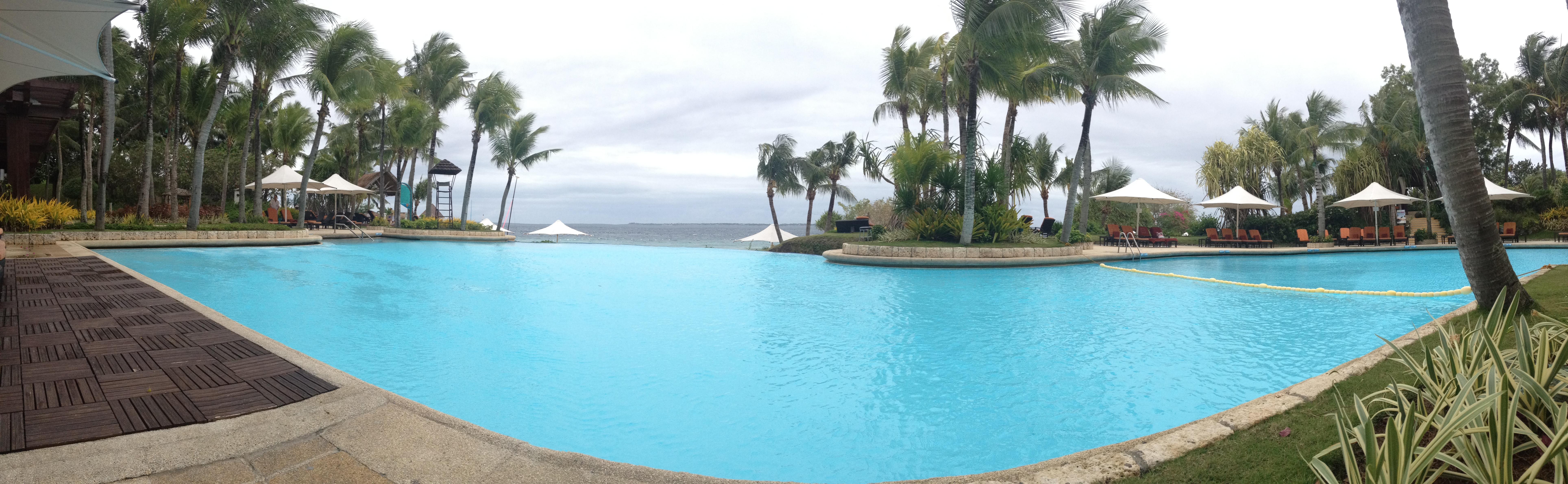 File 2013 01 15 Sangri La Cebu Infinity Pool