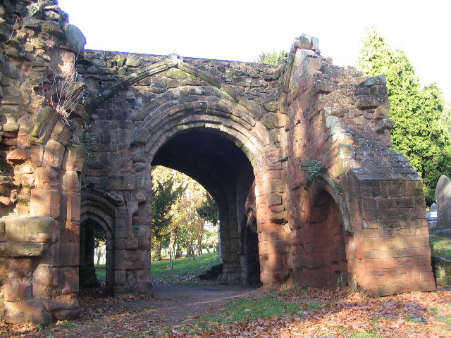Abbey gatehouse - geograph.org.uk - 603983
