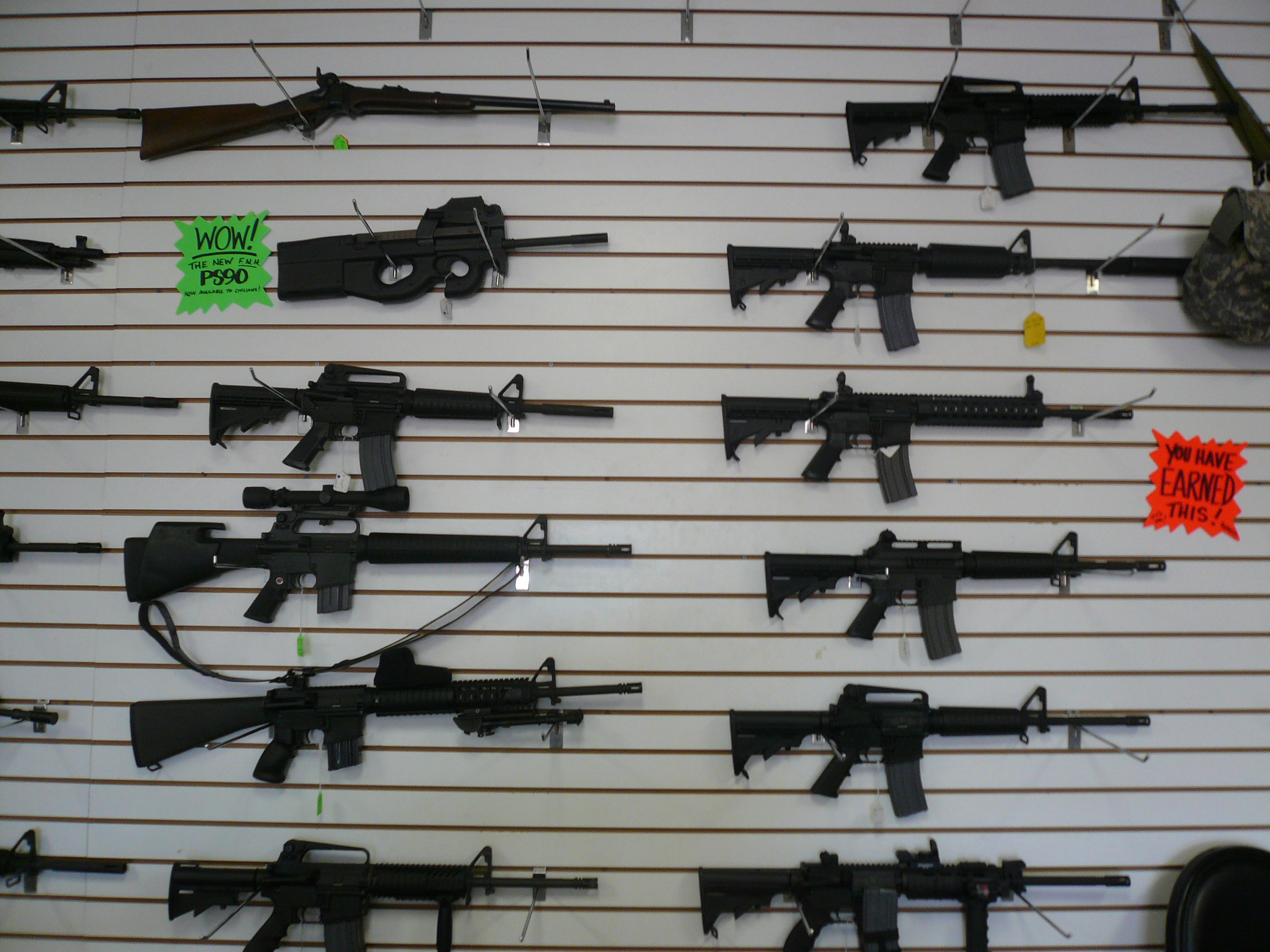 Description automatic weapons at gun range, las vegas