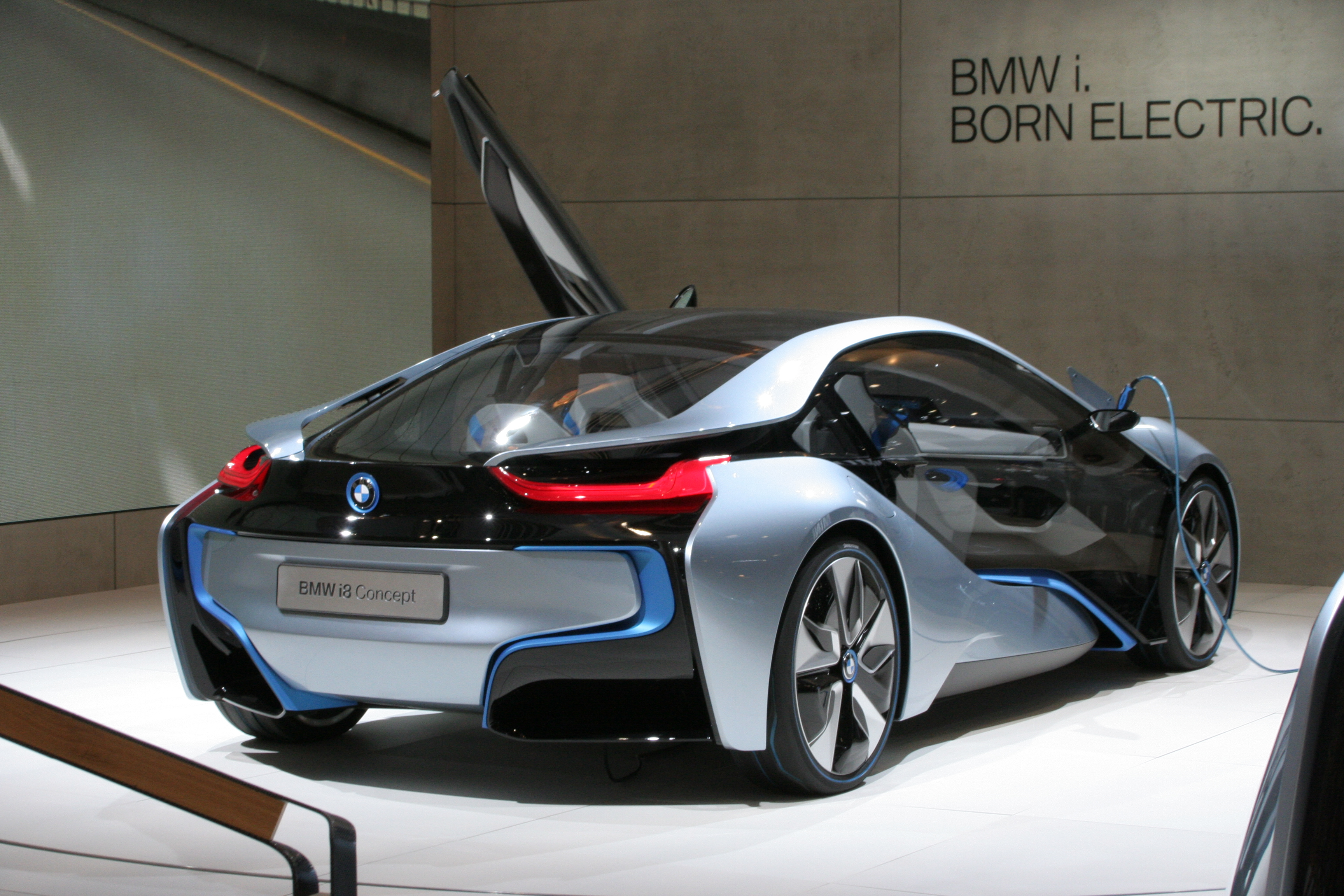 File Bmw I8 Concept Rear Jpg Wikimedia Commons