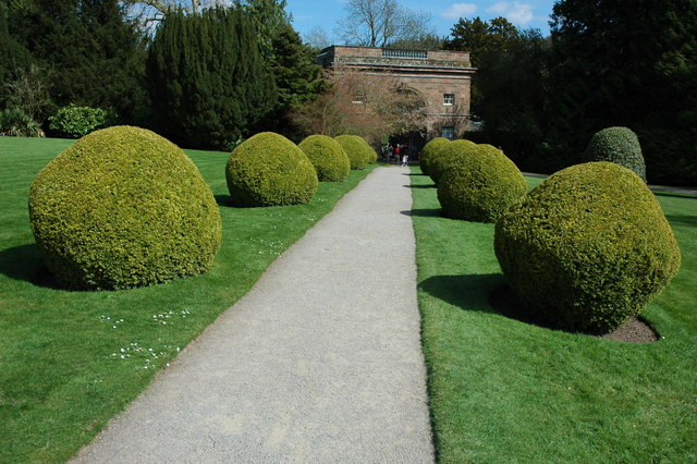 Berrington Hall gardens - geograph.org.uk - 1263914