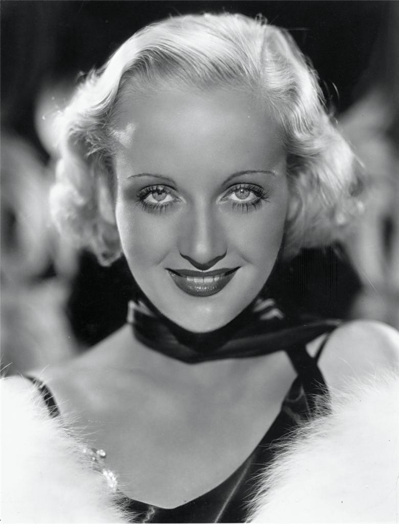 Carole_Lombard_1931_portrait.jpg