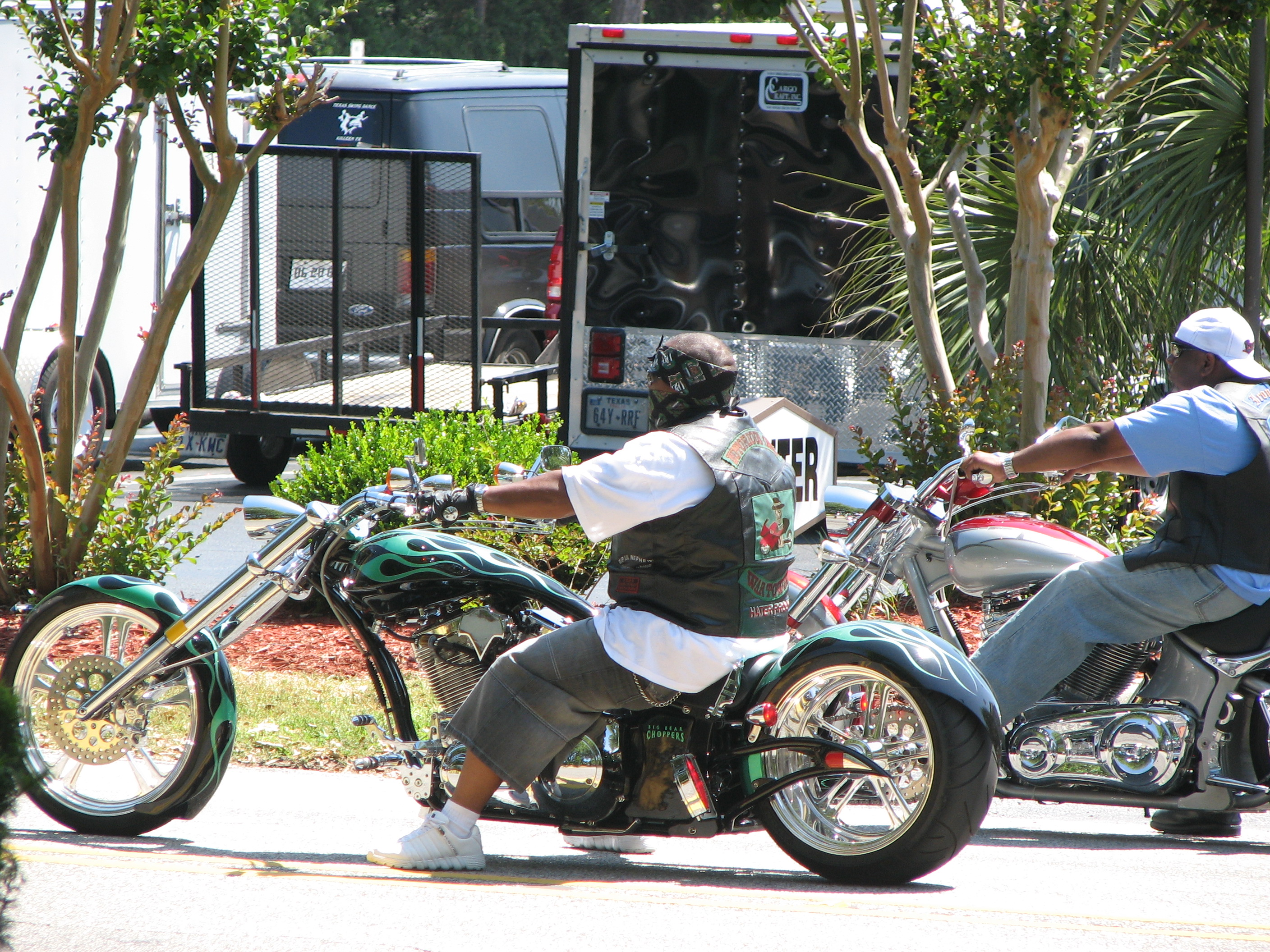 Description Choppers at Black Bike Myrtle Beach.jpg