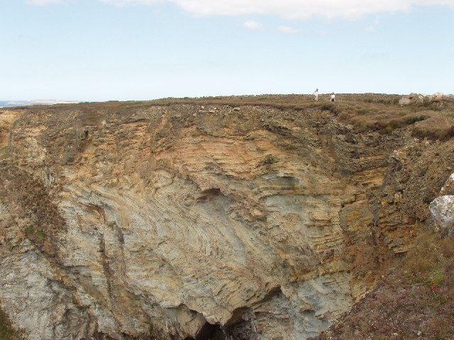 Cliff at Trerathick Cove, near Bedruthan Steps - geograph.org.uk - 50419