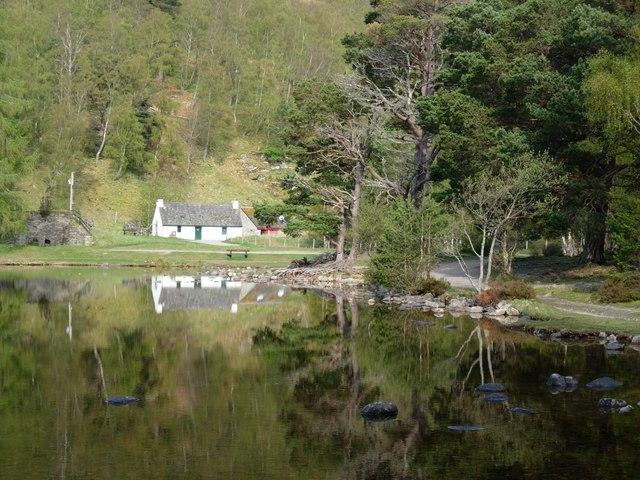 Cottage at Loch an Eilein - geograph.org.uk - 266051