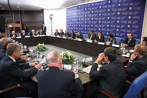 Dmitry Medvedev 5 June 2009-10.jpg