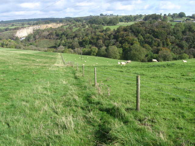 Footpath to Griffe Grange Valley - geograph.org.uk - 1529678