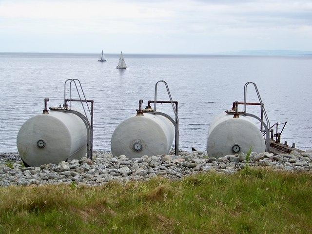 File:Gas Tanks on Ailsa Craig - geograph.org.uk - 1375623.