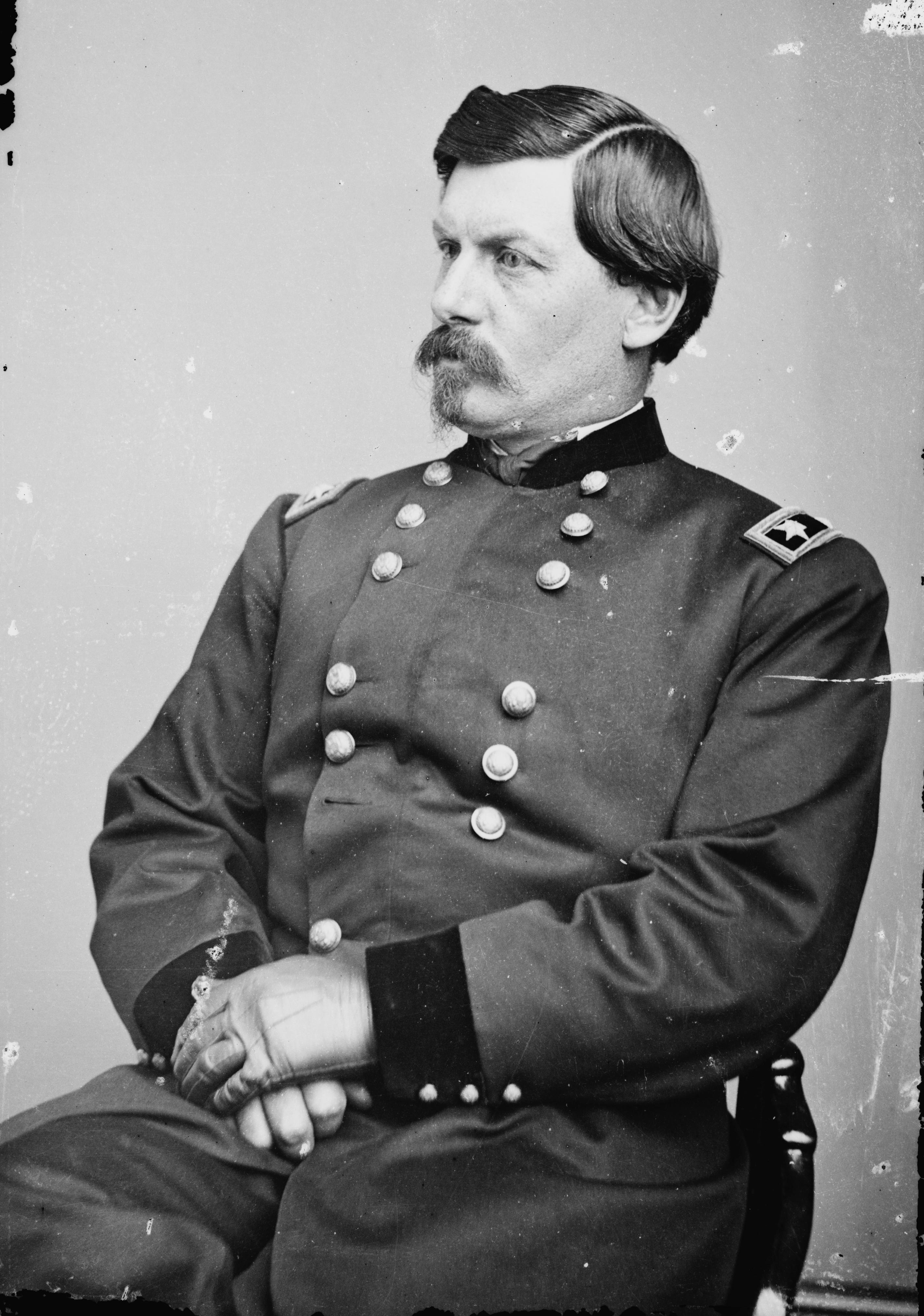 File:George B. McClellan - Brady-Handy.jpg