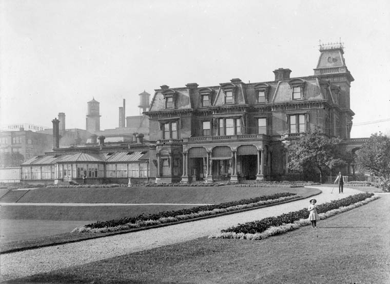 File:Government House, Toronto, 1867-1912. Front view ...