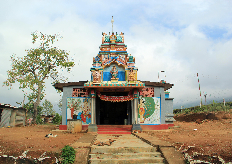 File:Hindu Temple, Nurawa Eliya (9807299103) jpg - Wikimedia