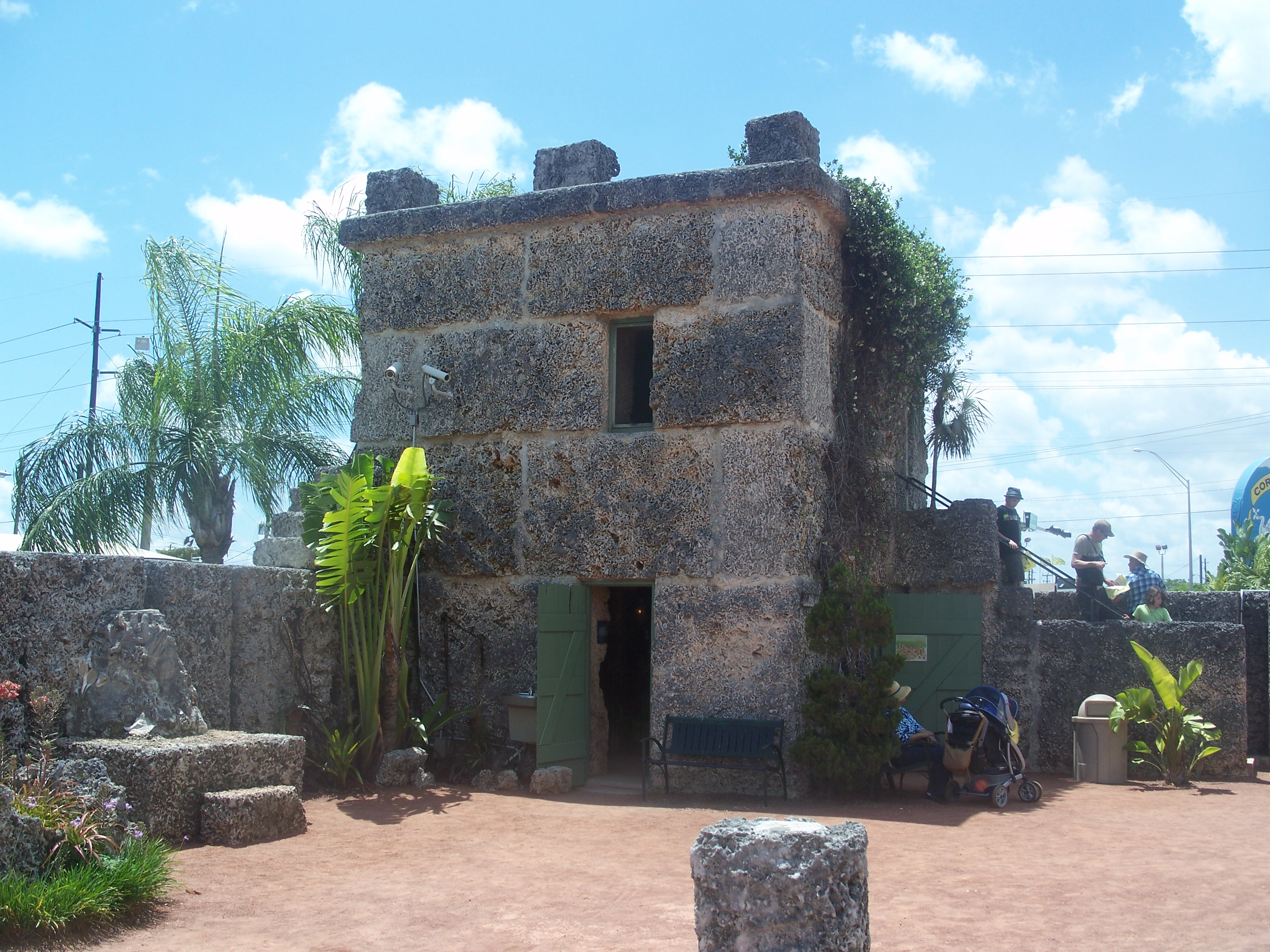 File homestead fl coral castle for Free homestead