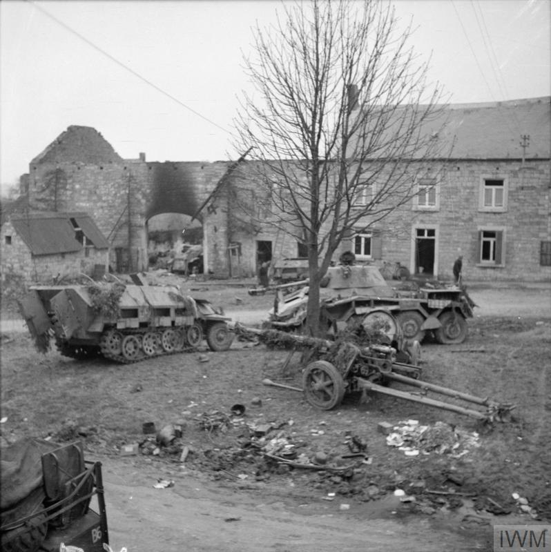 File:IWM-B-13260-german-equipment-near-Foy-Notre-Dame
