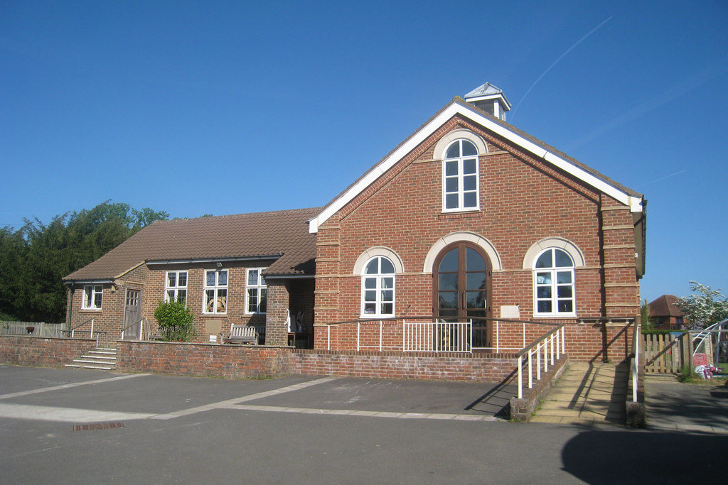 File:Iden Green Congregational Church, Iden Green, near Benenden ...