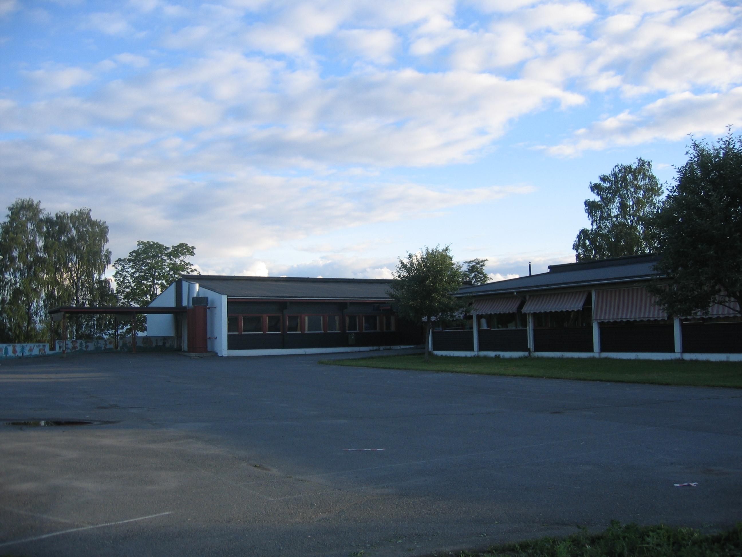 050f2b47 Ingeberg skole – Wikipedia