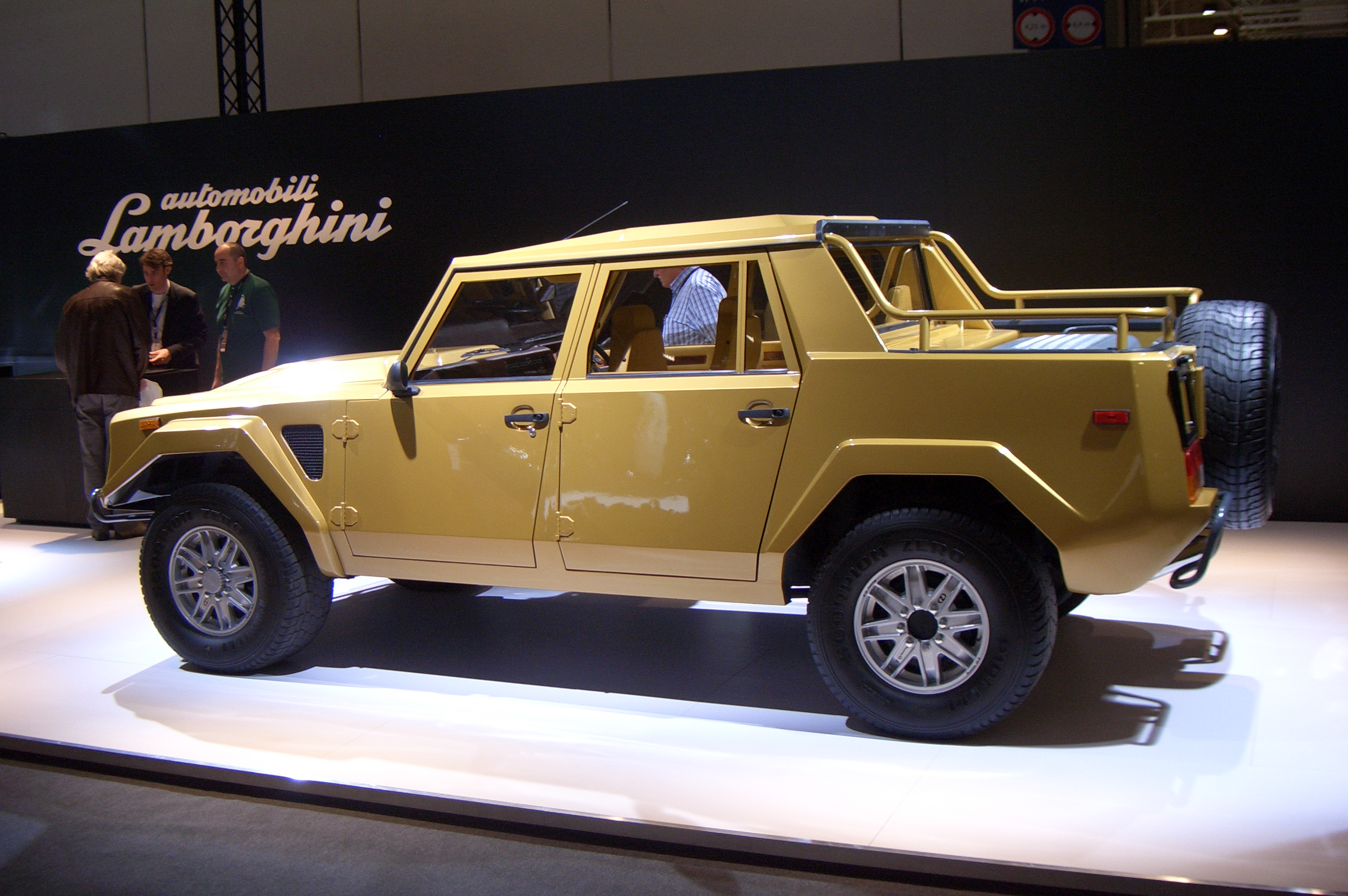 1986 Lamborghini Lm002 Related Infomation Specifications