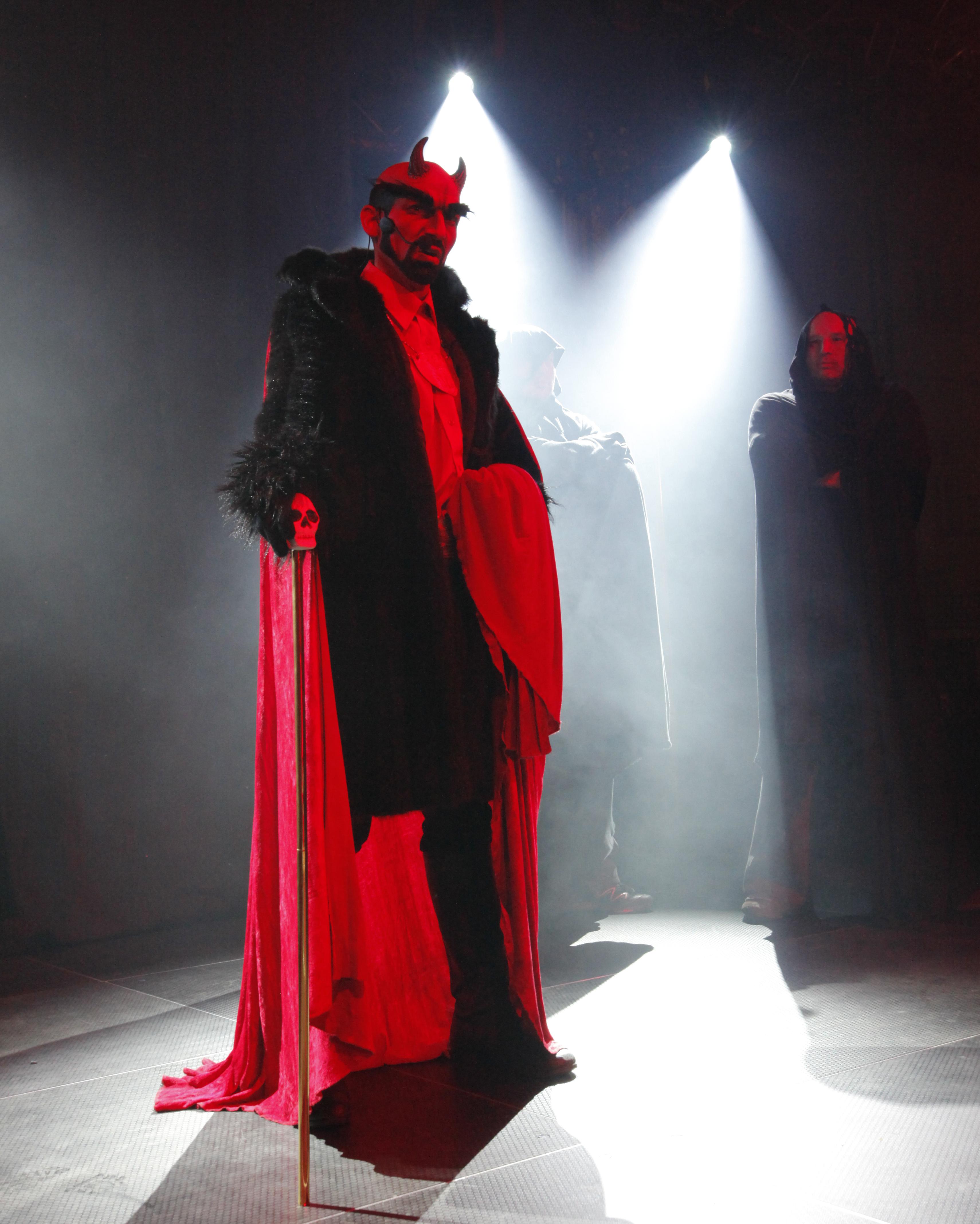 Lucifer na Mikulášské nadílce v Písku.jpg
