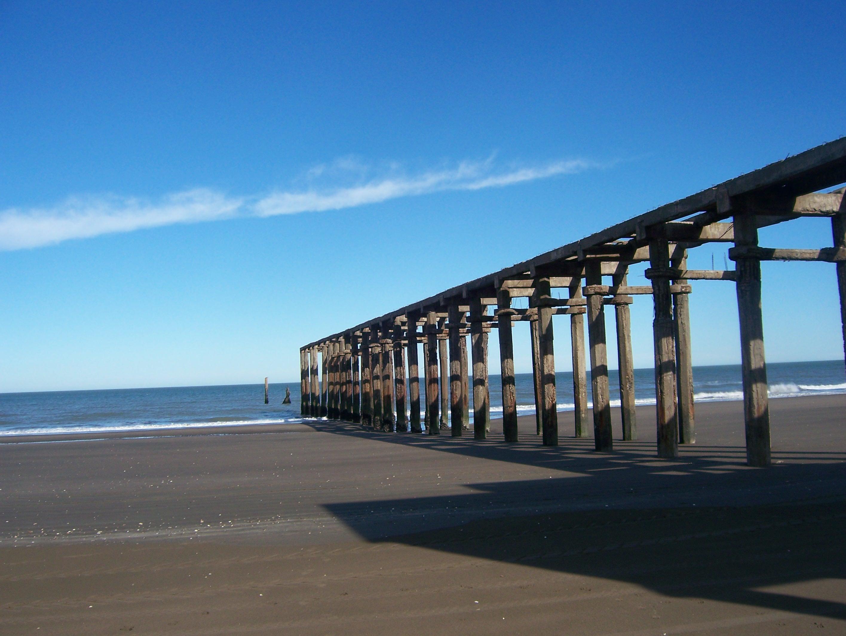 plages width=