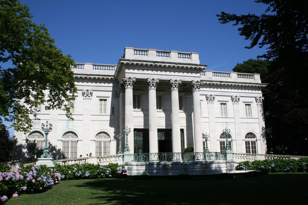 File marble house in newport 02 jpg wikimedia commons