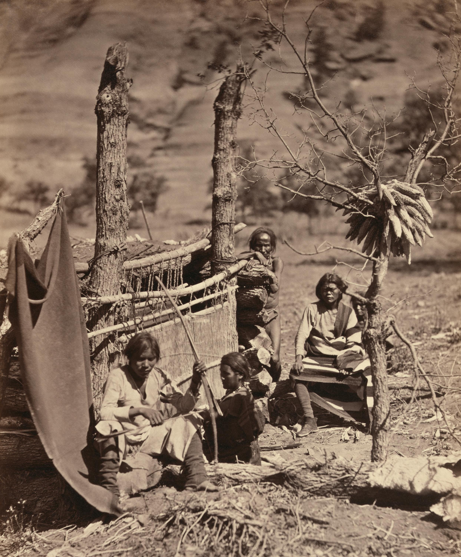 Native American Indian Navajo Zuni Rug Textile Folk Art