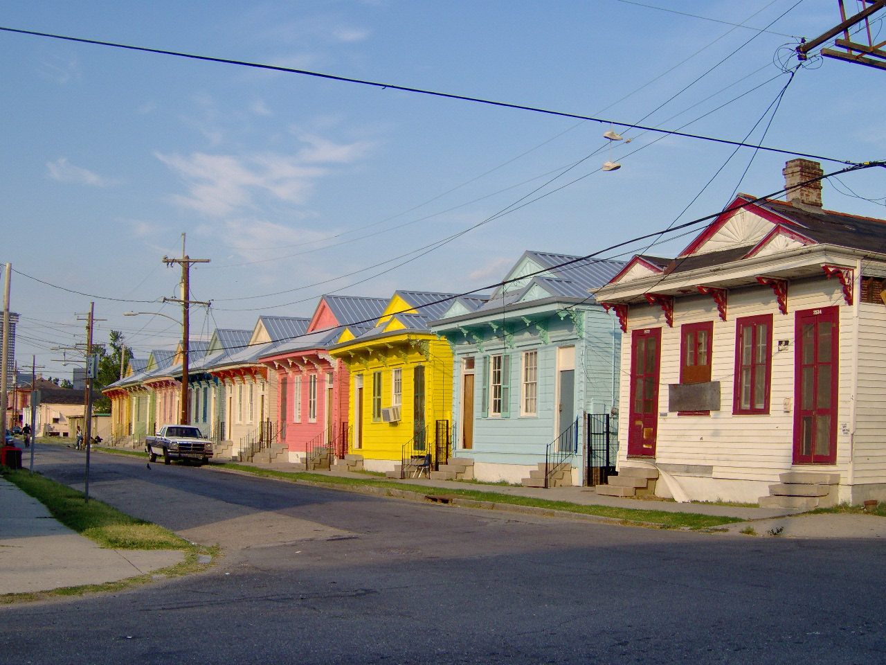 Prime File New Orleans Colorful Row Of Houses 2006 Wikimedia Download Free Architecture Designs Scobabritishbridgeorg